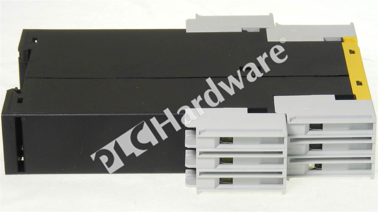 SM 3TK2830 1CB30 4_b plc hardware siemens 3tk2830 1cb30, used in a plch packaging  at aneh.co
