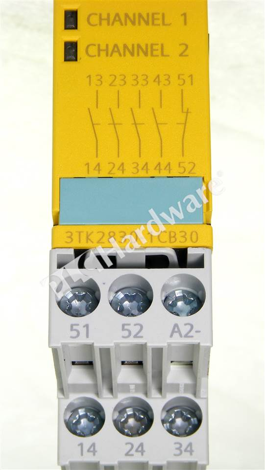 SM 3TK2830 1CB30 7_b plc hardware siemens 3tk2830 1cb30, used in a plch packaging  at aneh.co