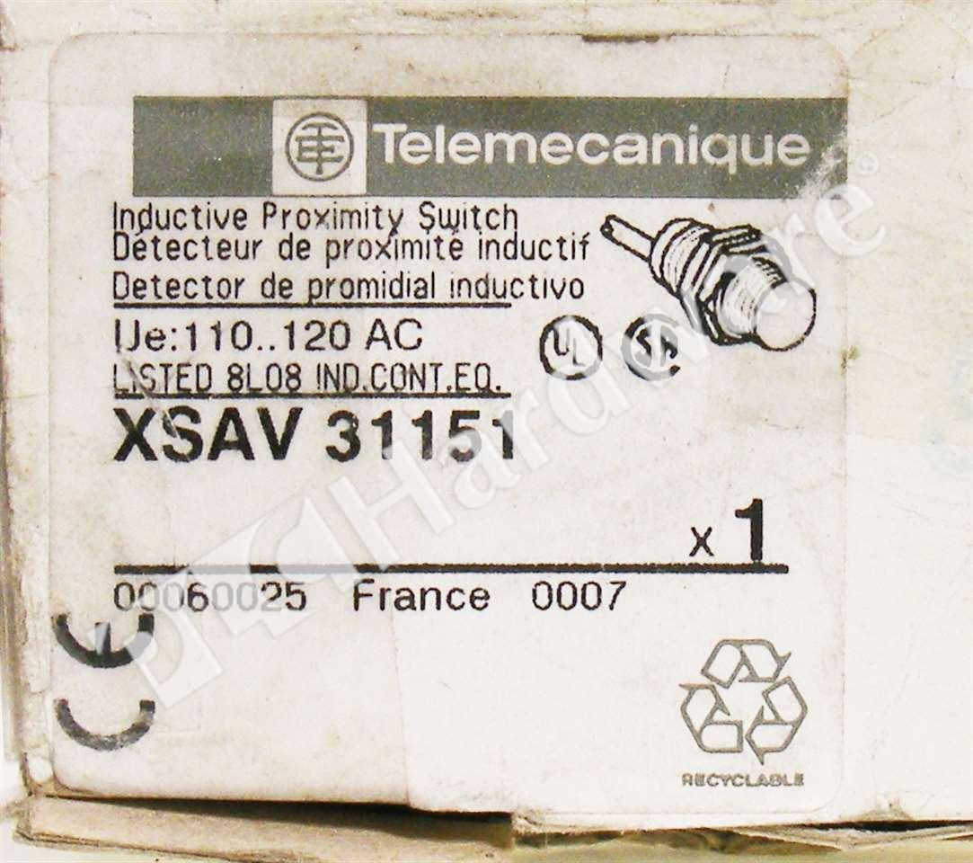 New Telemecanique XSAV 31151 XSAV Tubular Inductive Proximity Switch 110-120V AC